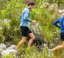 run-outdoors-hiking-ss_0