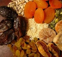 Castanhas e frutas secas